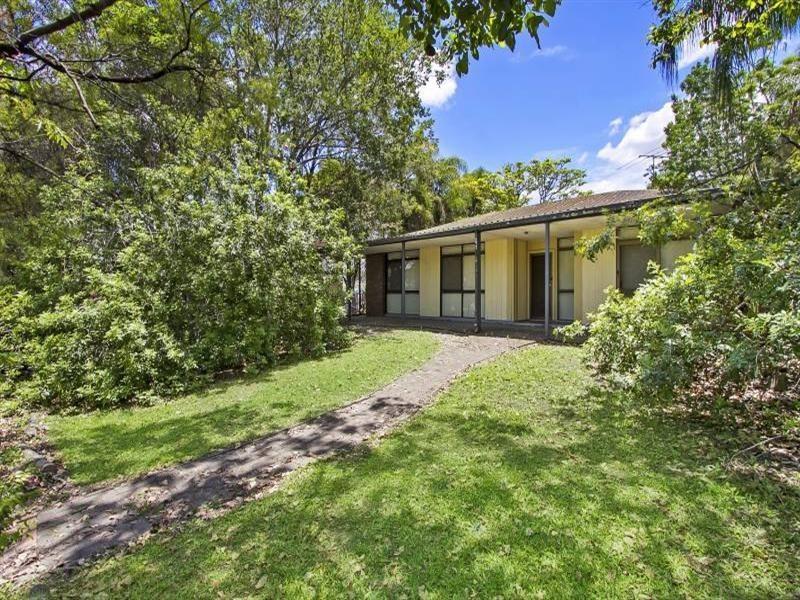 122-124 Anzac Avenue, Hillcrest QLD 4118