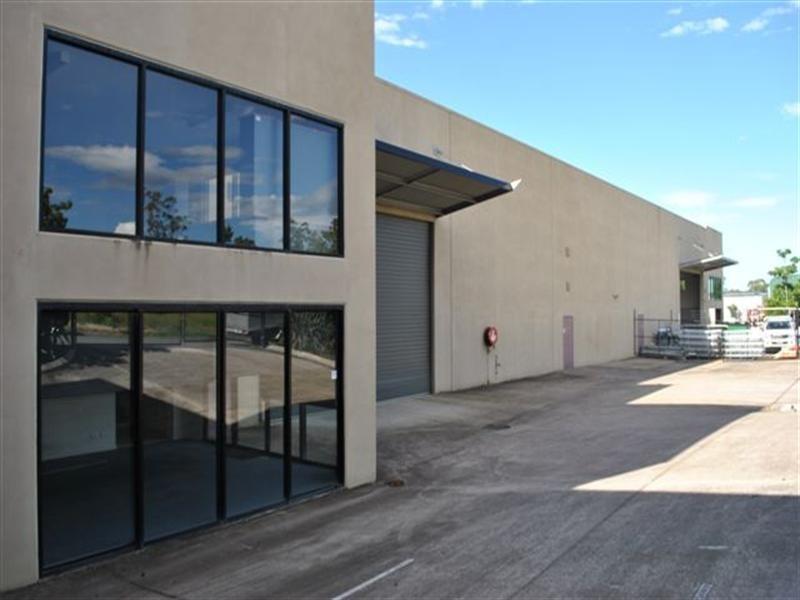 Unit 2/17-27 Blue Eagle Drive, Meadowbrook QLD 4131