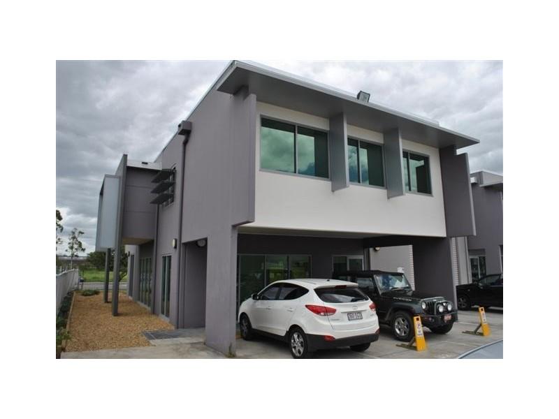Unit2/3-19 University Drive, Meadowbrook QLD 4131
