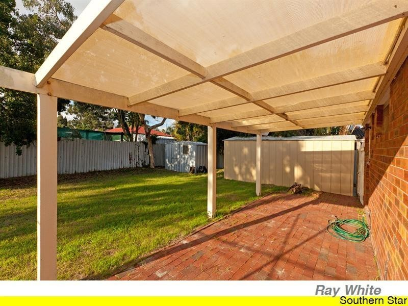 15 Tewson Road, Camillo WA 6111