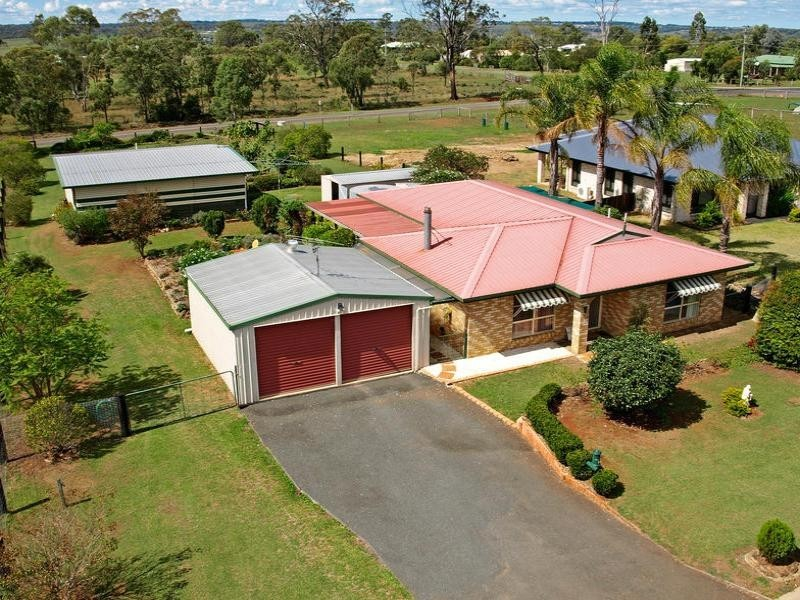 7 Highland Park Road, Meringandan QLD 4352