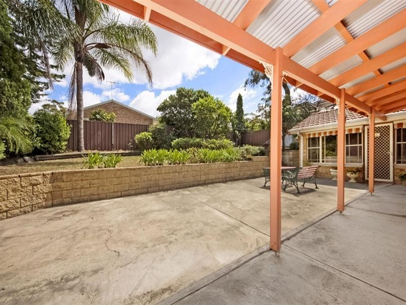 4 Casuarina Road, Alfords Point NSW 2234