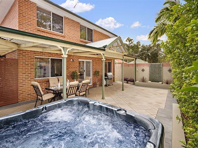 2 Arnold Place, Menai NSW 2234
