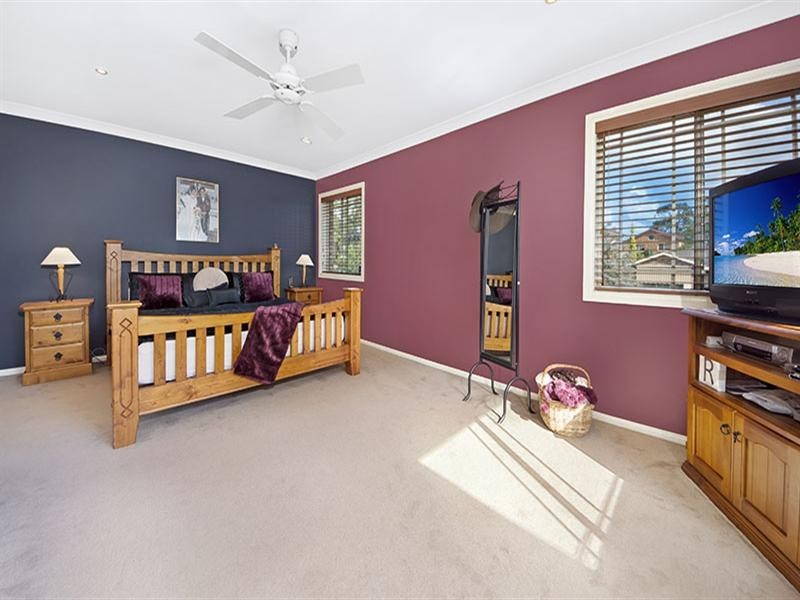 4 Snowgum Place, Alfords Point NSW 2234