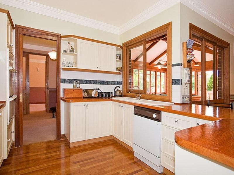 183 Brushwood Drive, Alfords Point NSW 2234