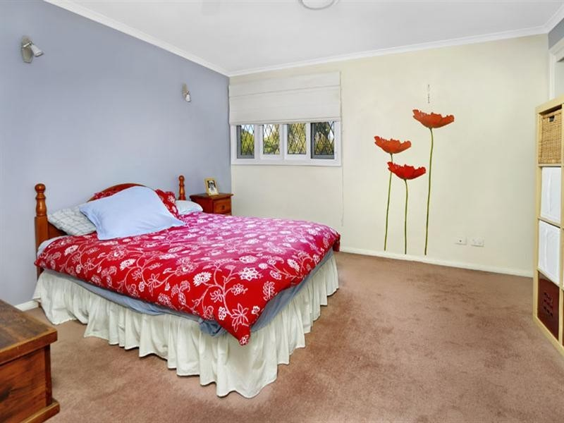 2 Ribbon Gum Close, Alfords Point NSW 2234