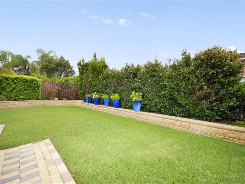 16 Raine Place, Barden Ridge NSW 2234