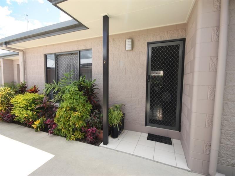 2/4 Parker Street, Ayr QLD 4807