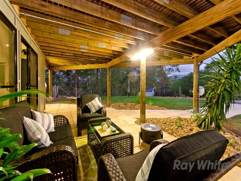 86 Ray Booker Court, Kobble Creek QLD 4520