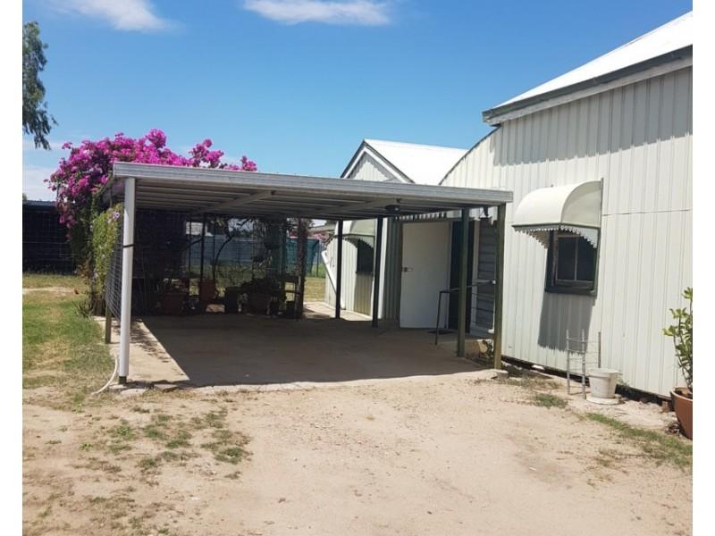 2 Goldring Street, Hughenden QLD 4821