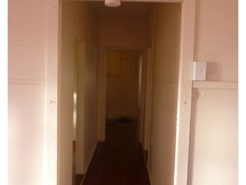 18 Taylor Street, Park Avenue QLD 4701