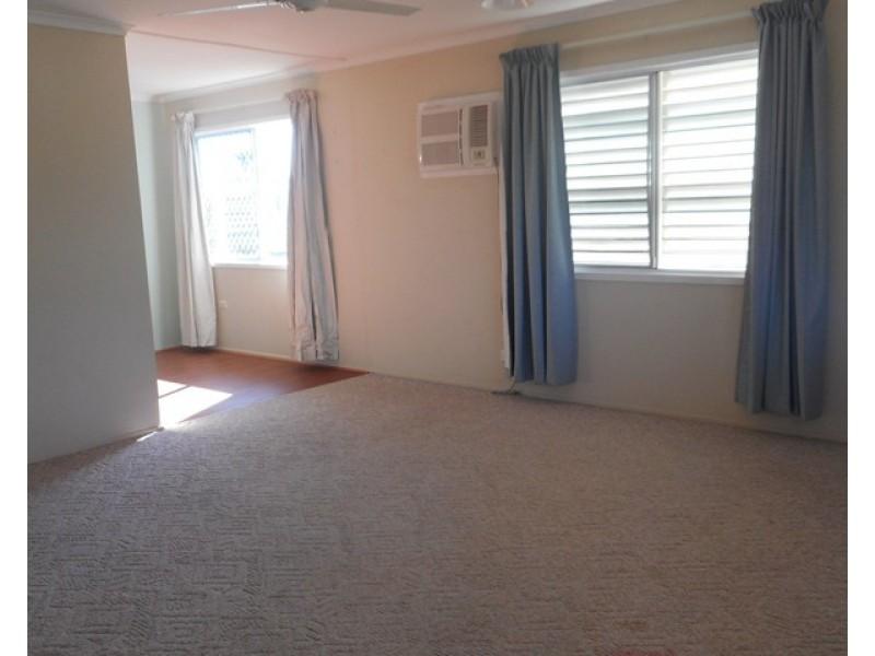 45 Gray Street, Park Avenue QLD 4701