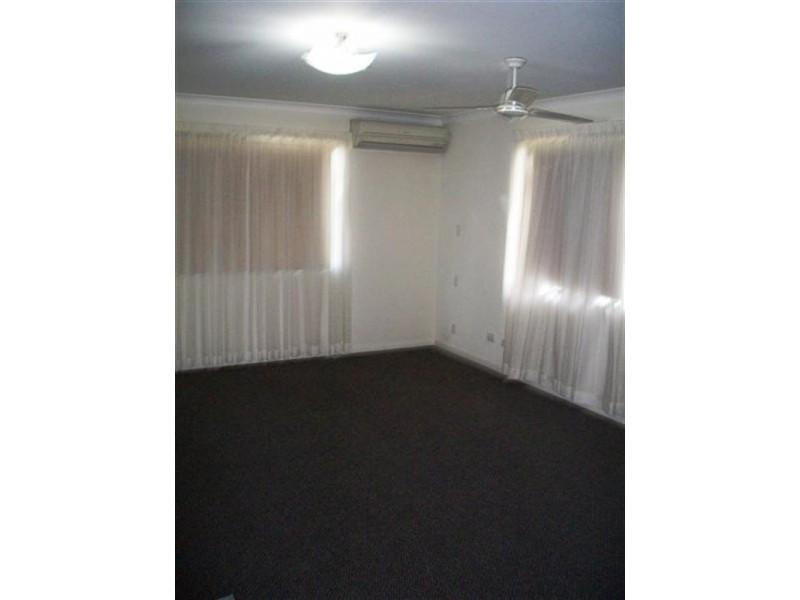 3 HODDA Drive, Kawana QLD 4701