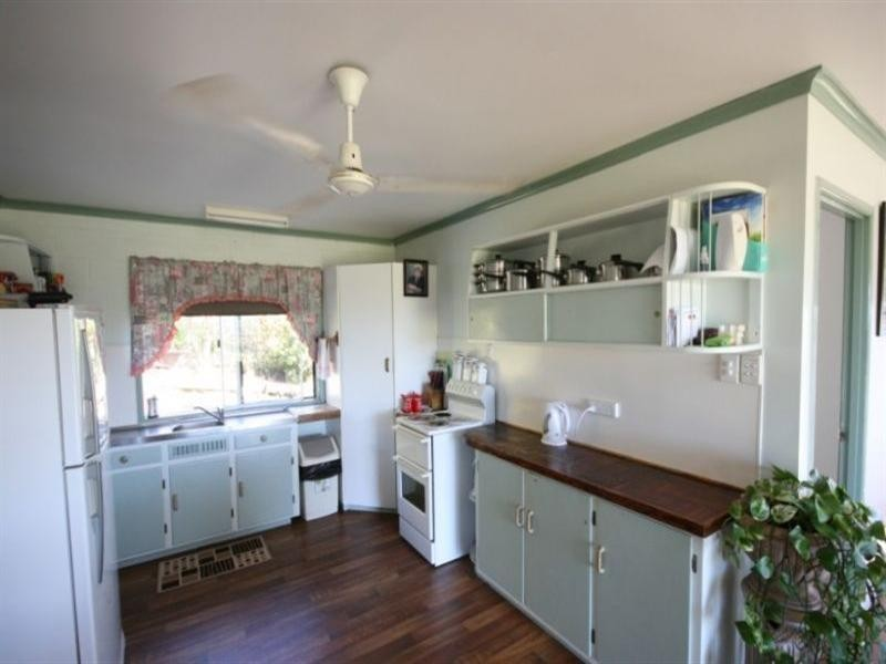 115 Grasstree Road, Grasstree Beach QLD 4740