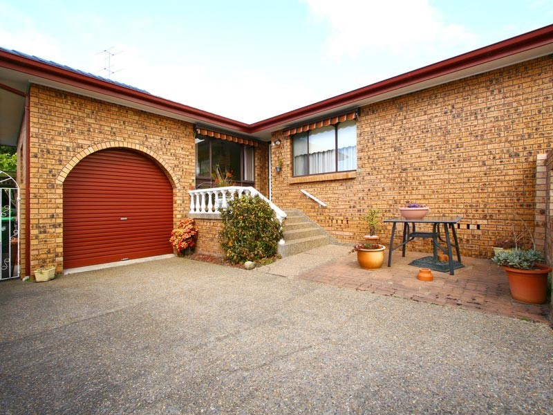 9 Blue Gum Place, Barrack Heights NSW 2528