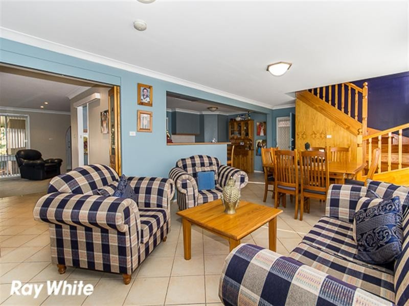 14 Wyalong Close, Wakeley NSW 2176