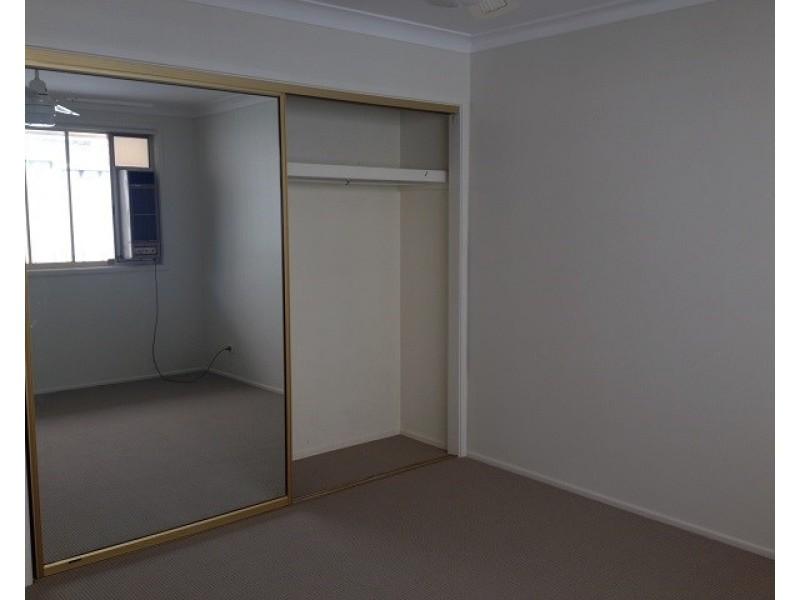 17 Falmer Street, Abbotsbury NSW 2176