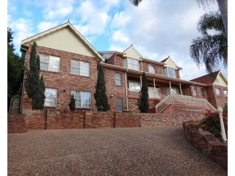 3/2 Lewers Close, Abbotsbury NSW 2176