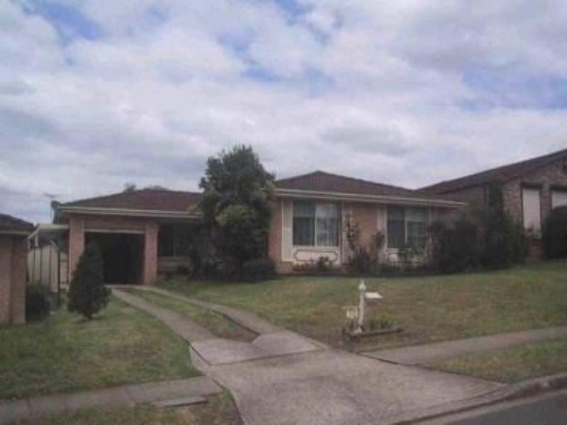 32 Stockdale Crescent, Abbotsbury NSW 2176