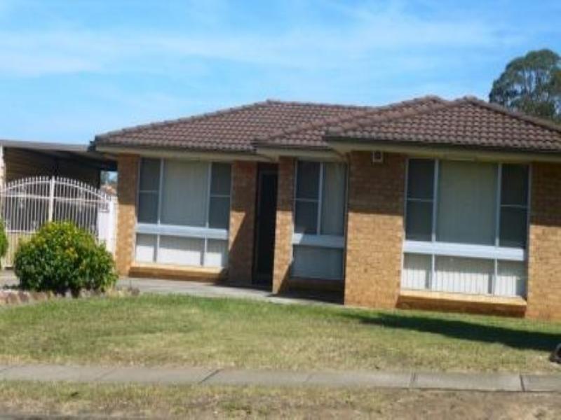 28 Stockdale Crescent, Abbotsbury NSW 2176
