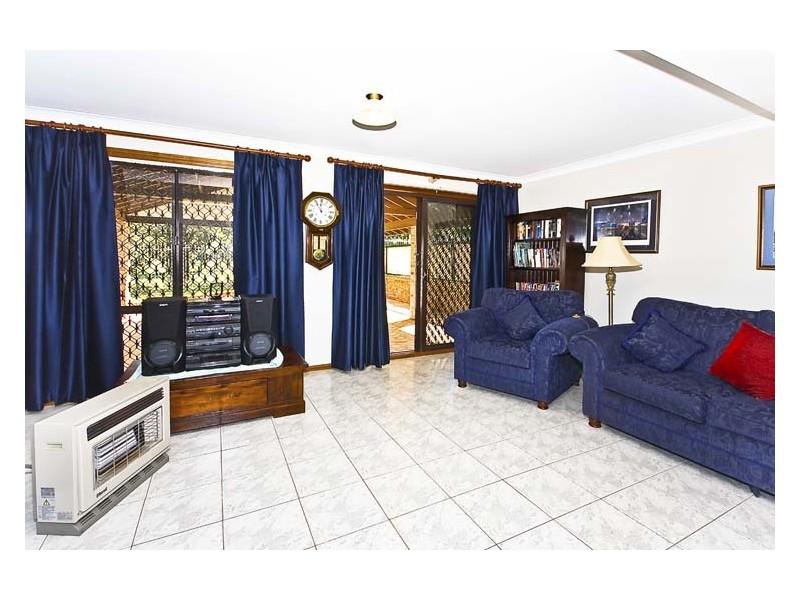 15 Darling Street, Abbotsbury NSW 2176