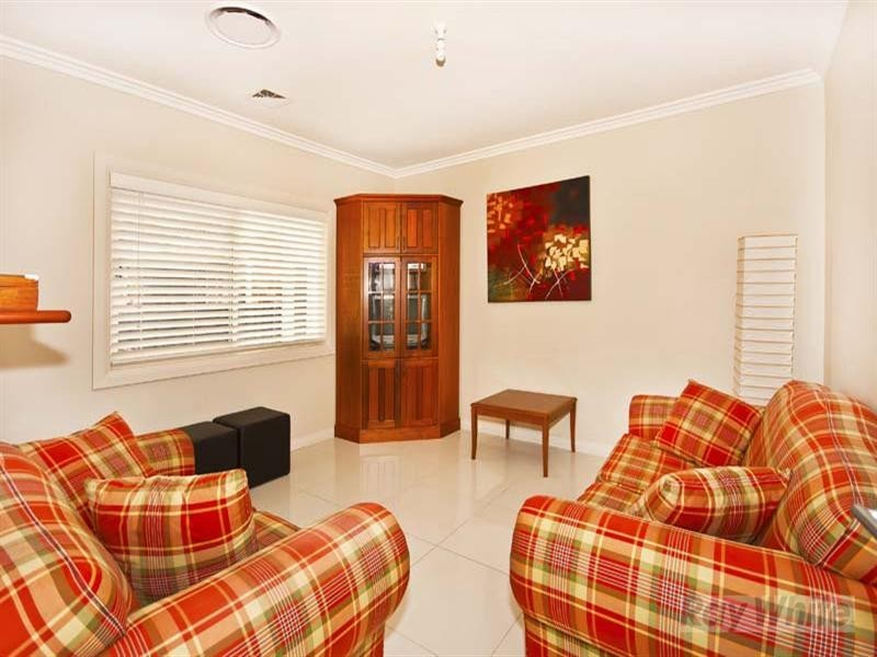 14 Lanceley Place, Abbotsbury NSW 2176
