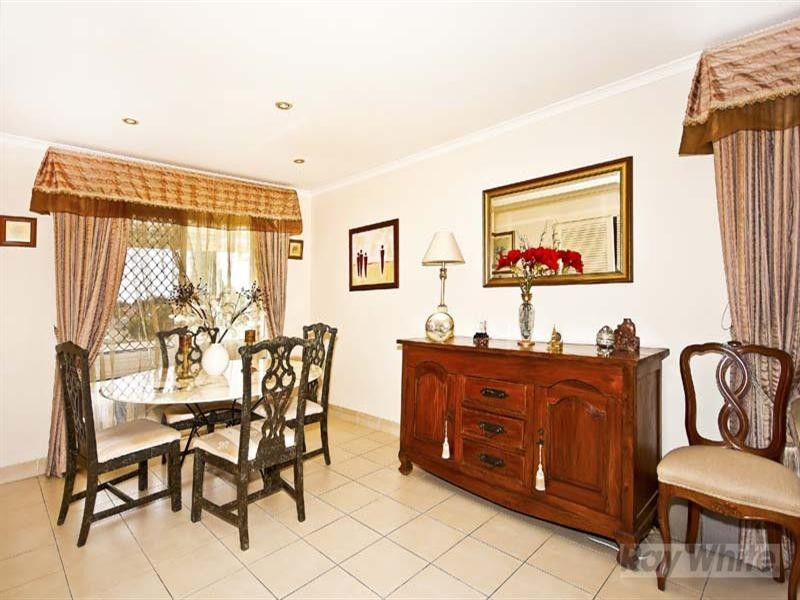 22 Dalbertis Street, Abbotsbury NSW 2176