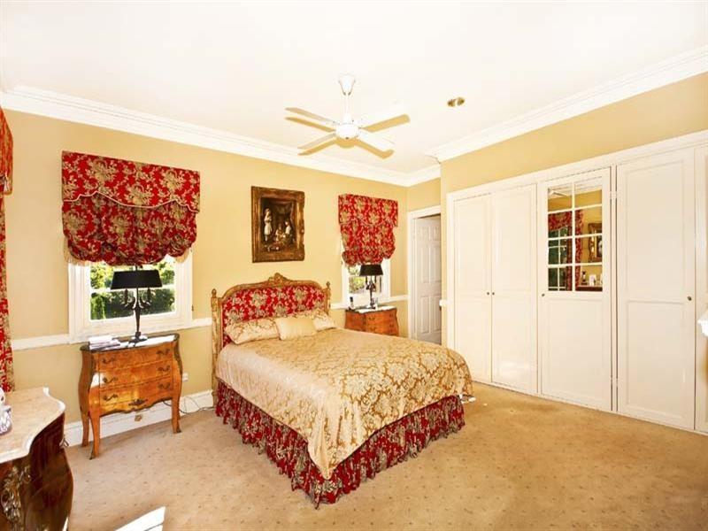 12 Lanceley Place, Abbotsbury NSW 2176