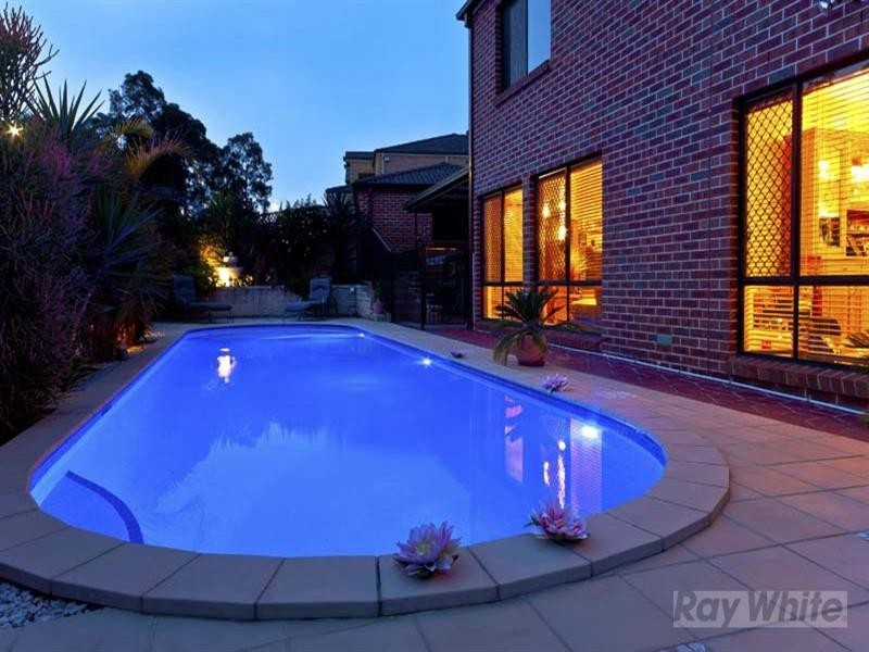 19 Hackett Road, Abbotsbury NSW 2176