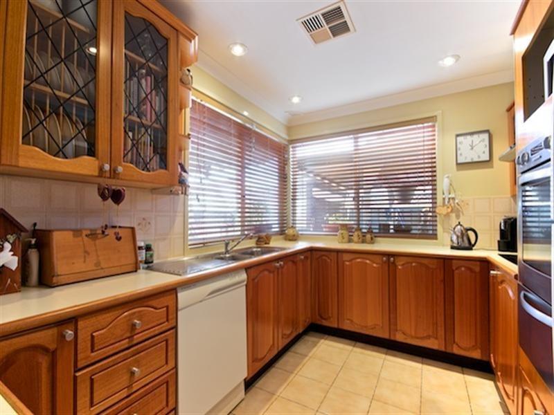 11 Bancroft Road, Abbotsbury NSW 2176