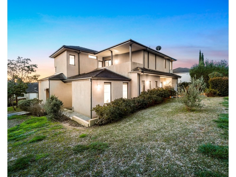 9 PINEHURST Place, Chirnside Park VIC 3116