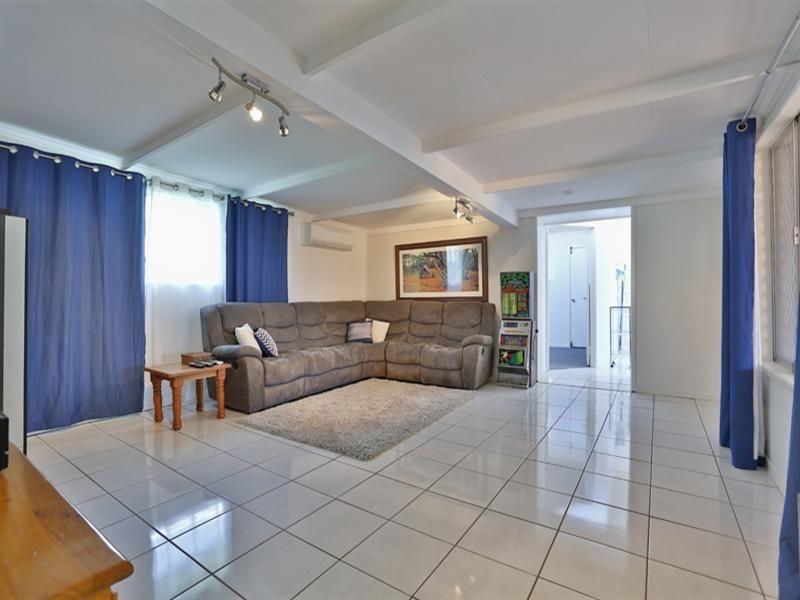 23 Priest Street, Rockville QLD 4350