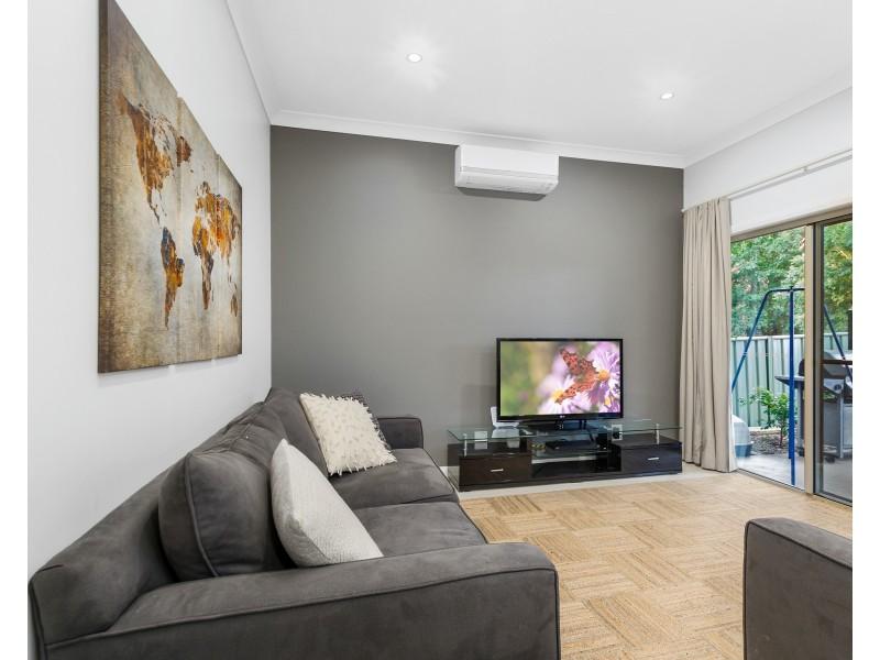 4B Pitman Lane, Woonona NSW 2517