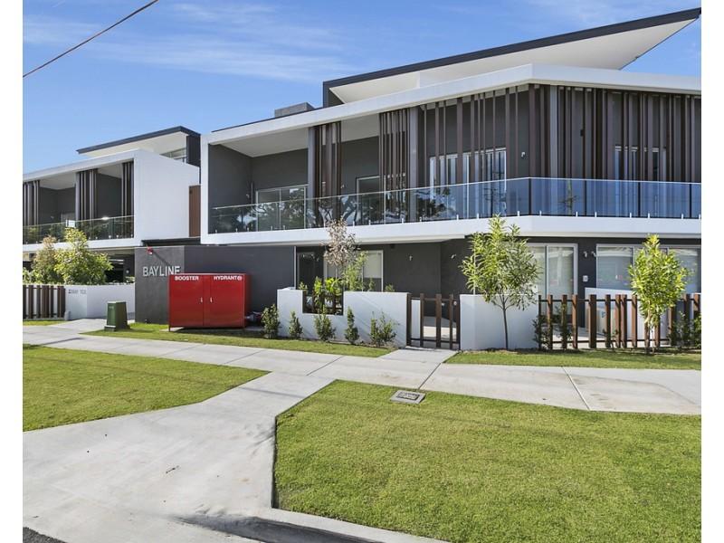 21/22 Bay Terrace, Wynnum QLD 4178