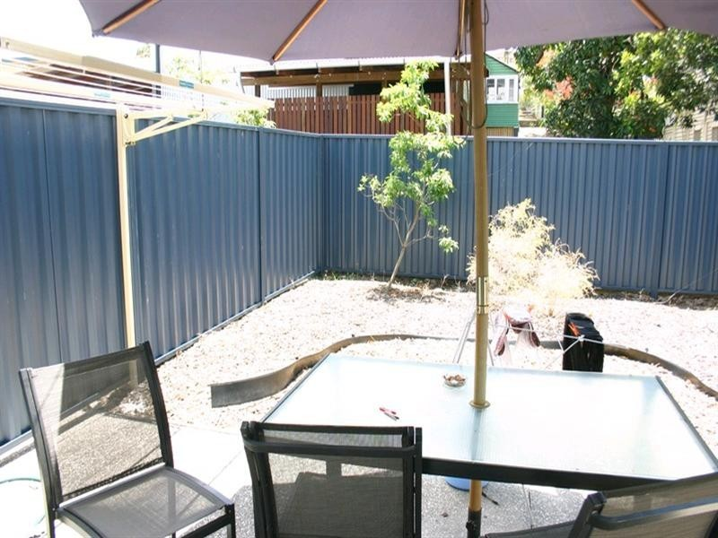 Rm 5/8 Lucy Street, Albion QLD 4010