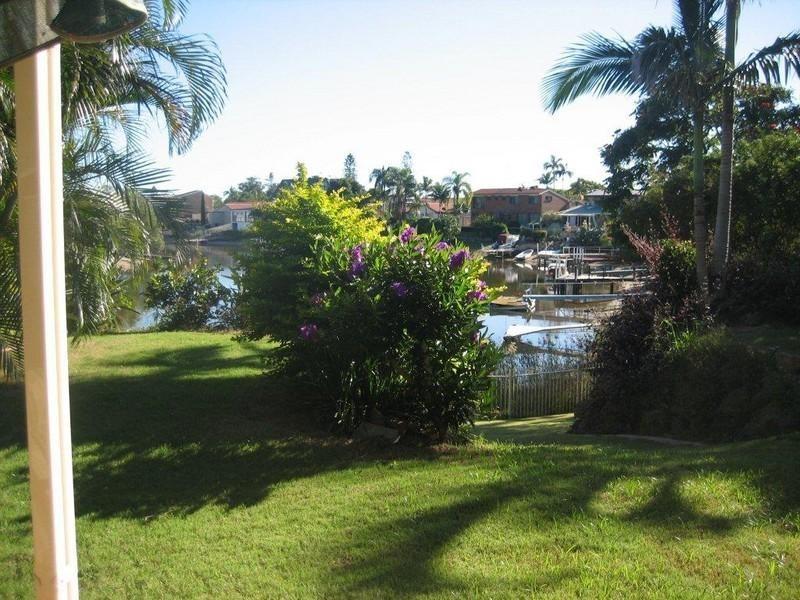 1 Huon Court, Broadbeach Waters QLD 4218