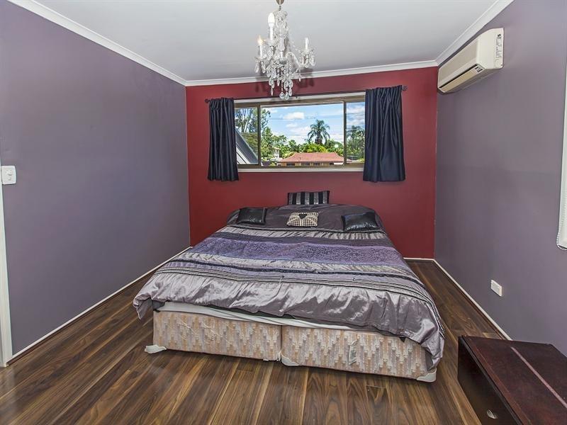 6 Mal Street, Camira QLD 4300