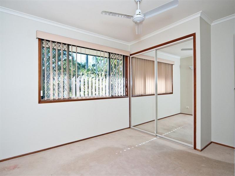 6 Ron Street, Camira QLD 4300
