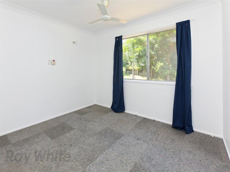 44 Hallett Avenue, Camira QLD 4300