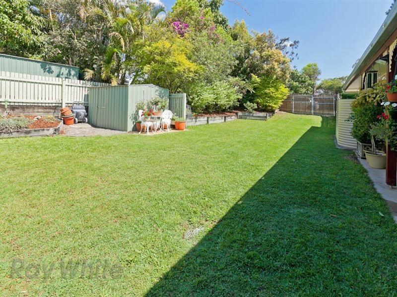 32 Dale Road, Camira QLD 4300