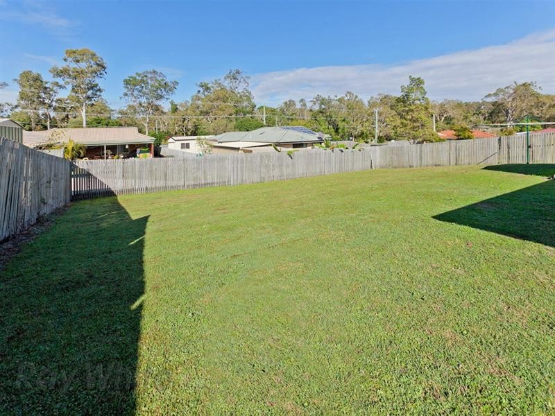 3 Crystal Court, Camira QLD 4300