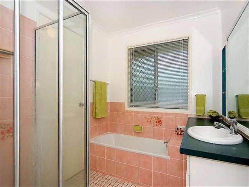 2 Myra Court, Camira QLD 4300