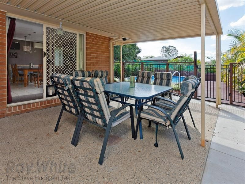34 Vanessa Court, Camira QLD 4300