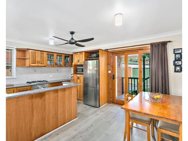7 Oak Street, Albion Park Rail NSW 2527