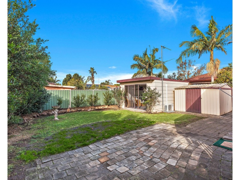 20 Windsor Crescent, Brownsville NSW 2530