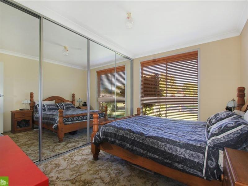 1 Acacia Street, Albion Park Rail NSW 2527