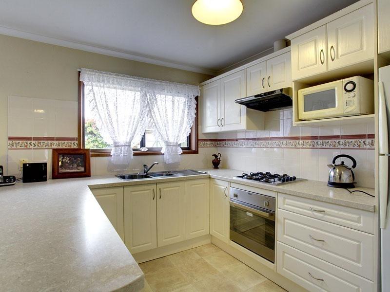 28 Halsey Road, Fulham SA 5024