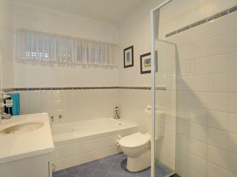 25 Broadmore Avenue, Fulham SA 5024