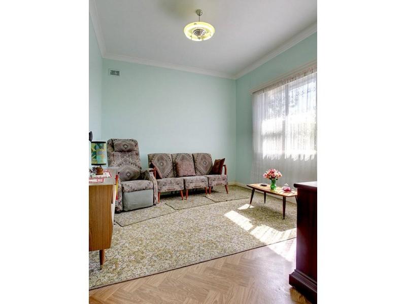 18 Rose Street, Birkenhead SA 5015