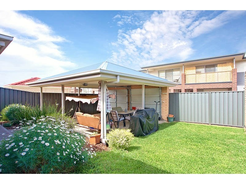8 Riesling Crescent, Andrews Farm SA 5114